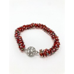Collana rossa realizzata in catena di alluminio