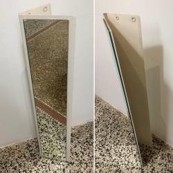 Specchio con base angolare...